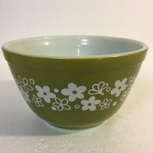 Pyrex Spring  Blossom Green  Mixing bowl